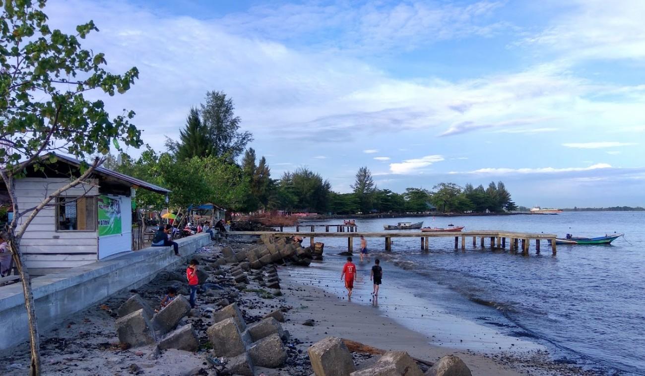 Pantai Lhok Geudong